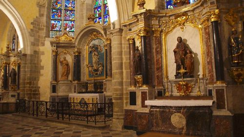 Orgue de l'église Saint-Vénérand de Laval