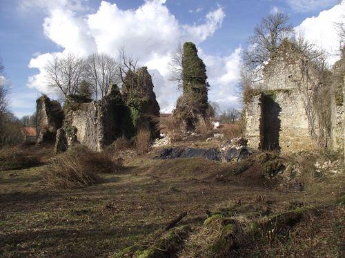 Ancienne forteresse de Lavauguyon