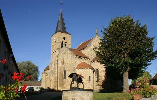 Eglise Saint-Loup de Saint-Hilaire et son mobilier